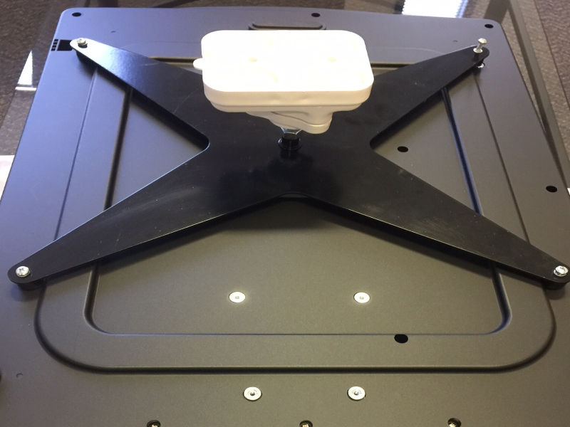 Ceiling mount for 4k projectors